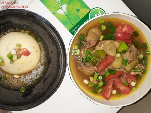 Fufu met kipsaus zonder tomaten